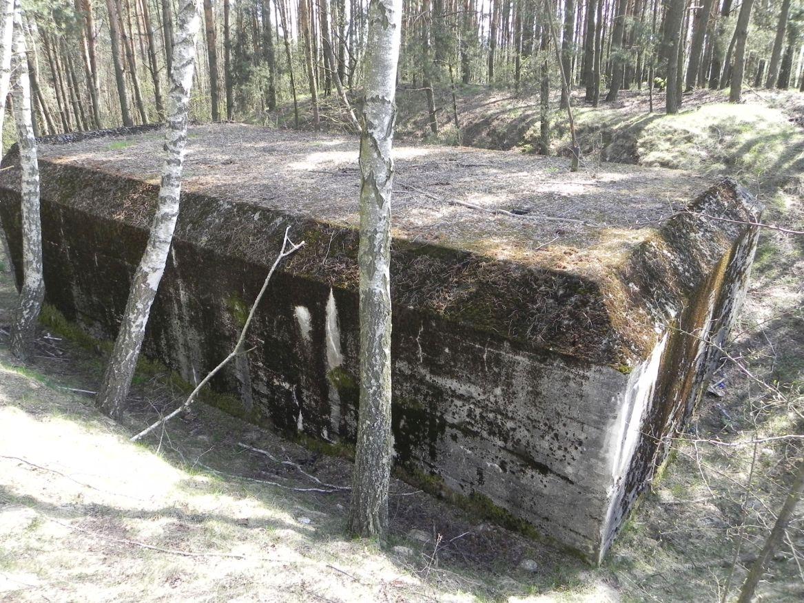 Lubocz - bunkier Garaż-7 (6)
