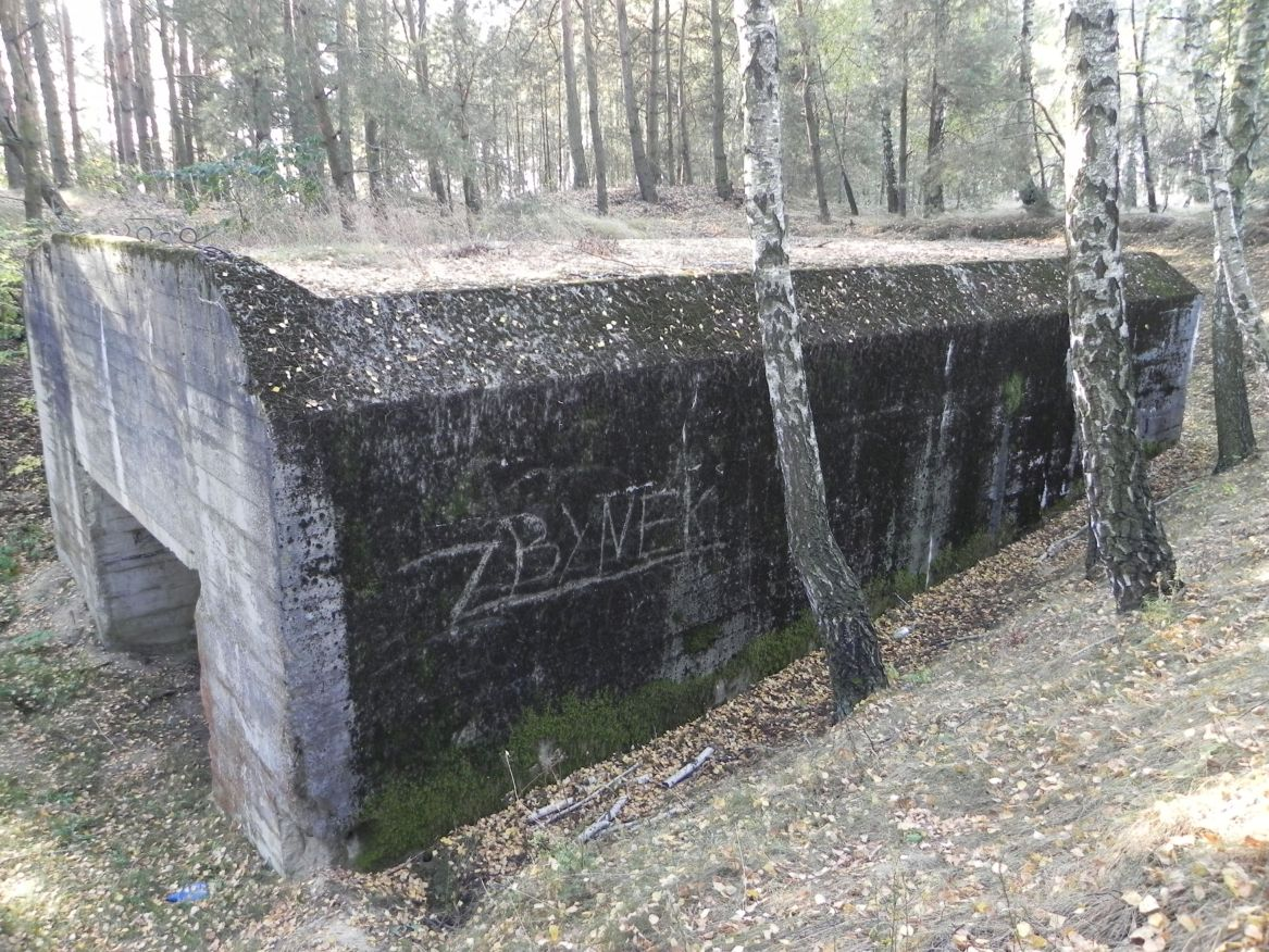 Lubocz - bunkier Garaż-7 (73)