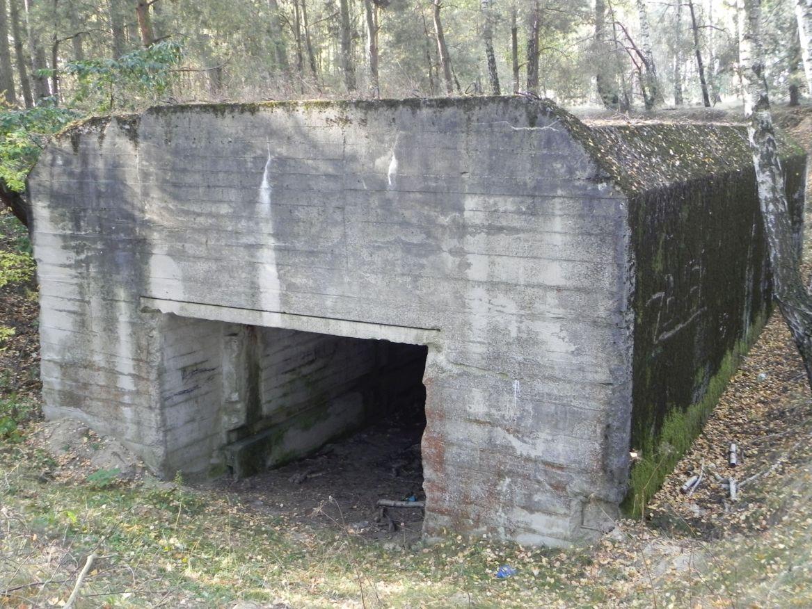 Lubocz - bunkier Garaż-7 (75)