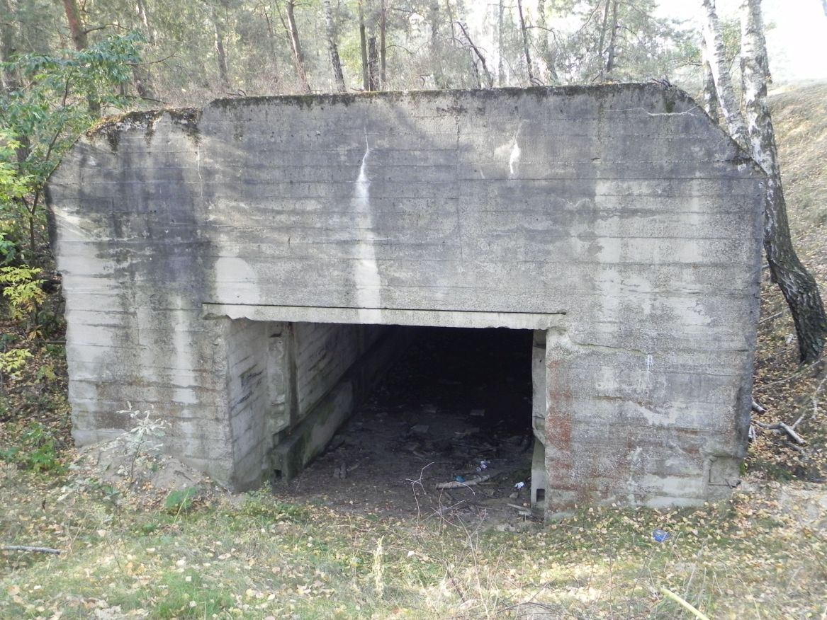 Lubocz - bunkier Garaż-7 (76)