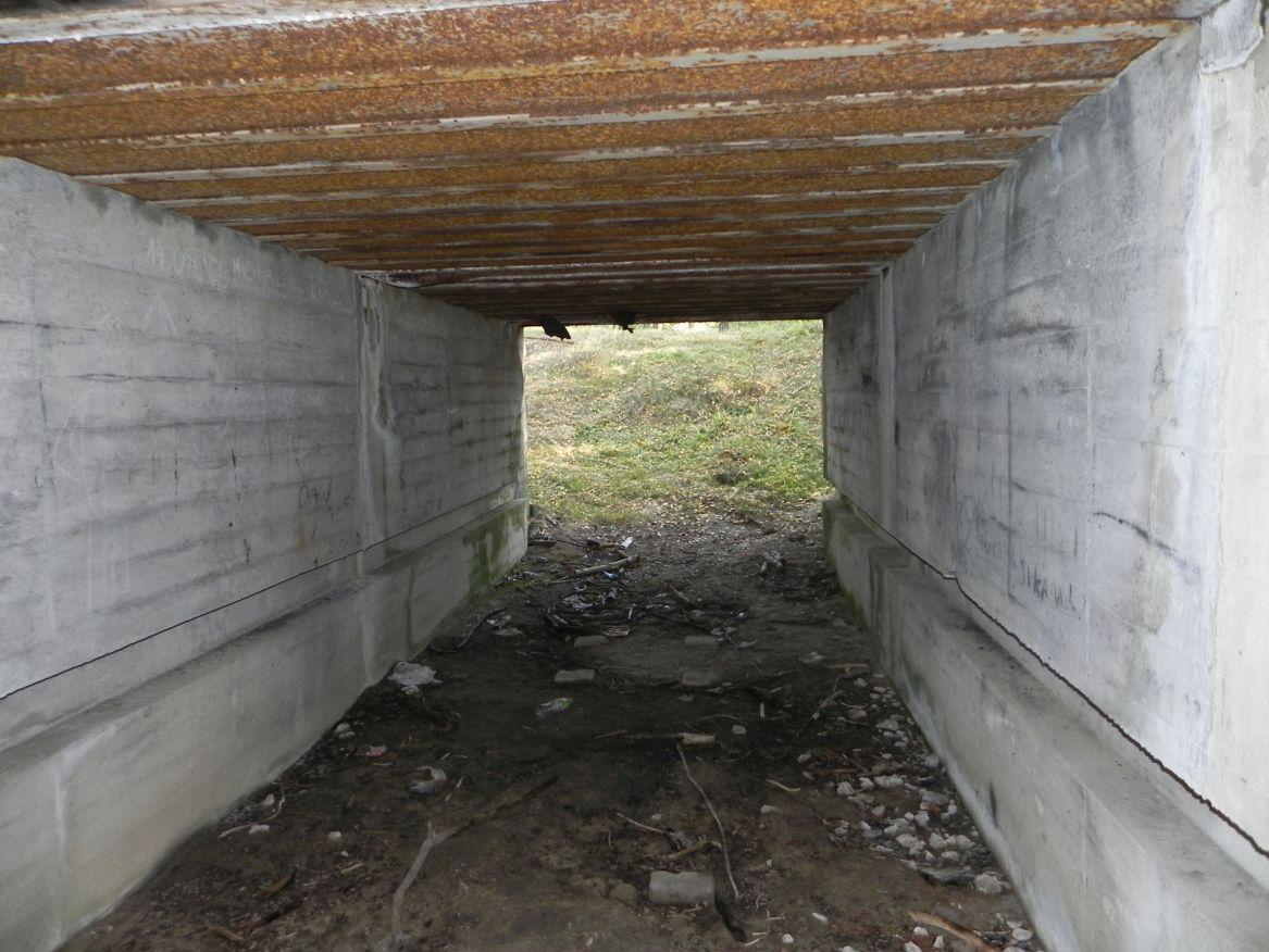 Lubocz - bunkier Garaż-7 (82)
