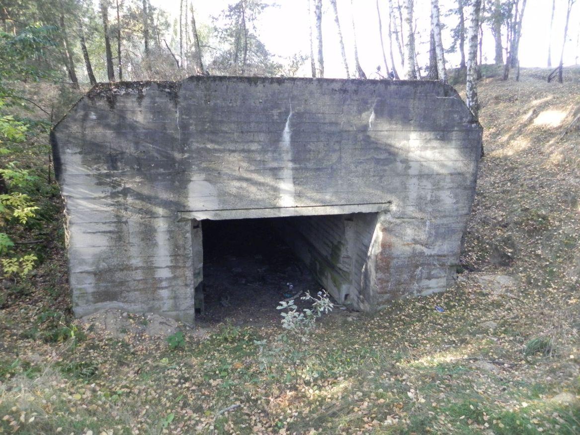 Lubocz - bunkier Garaż-7 (84)