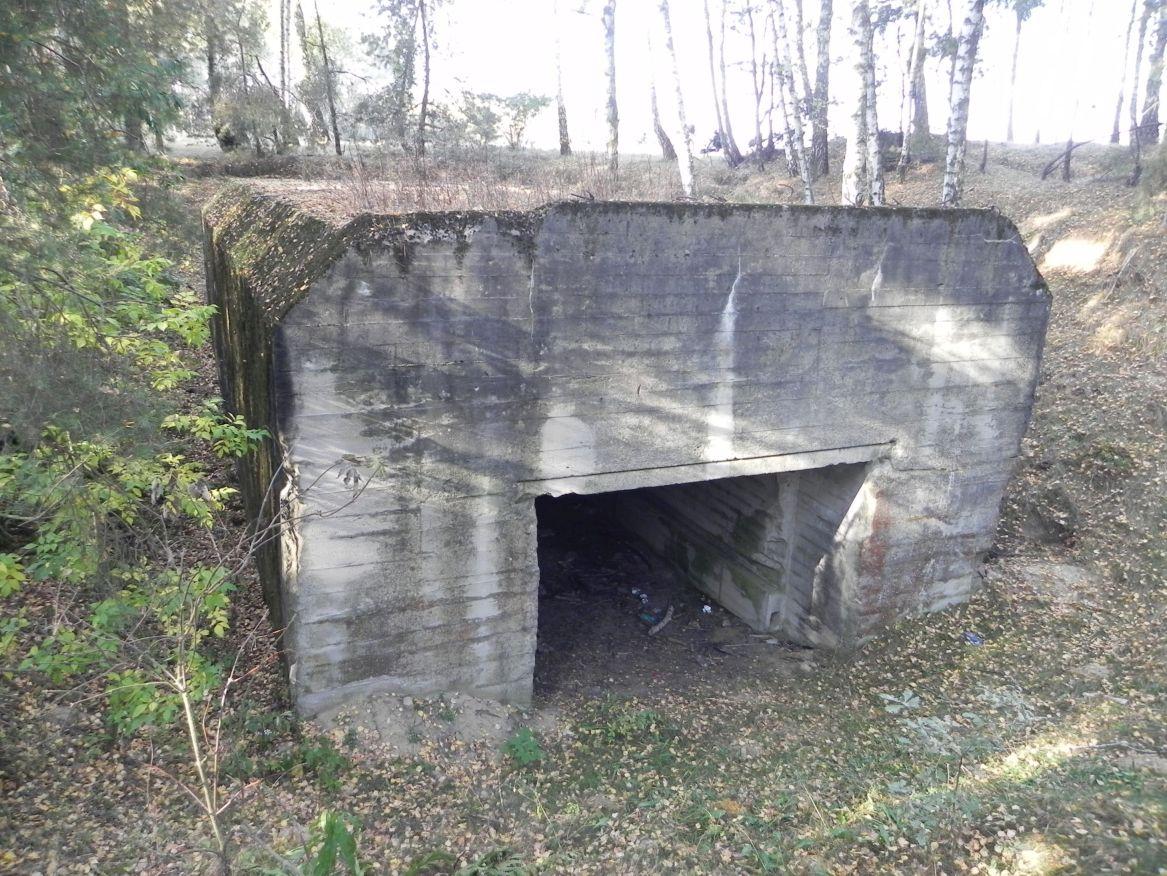 Lubocz - bunkier Garaż-7 (85)