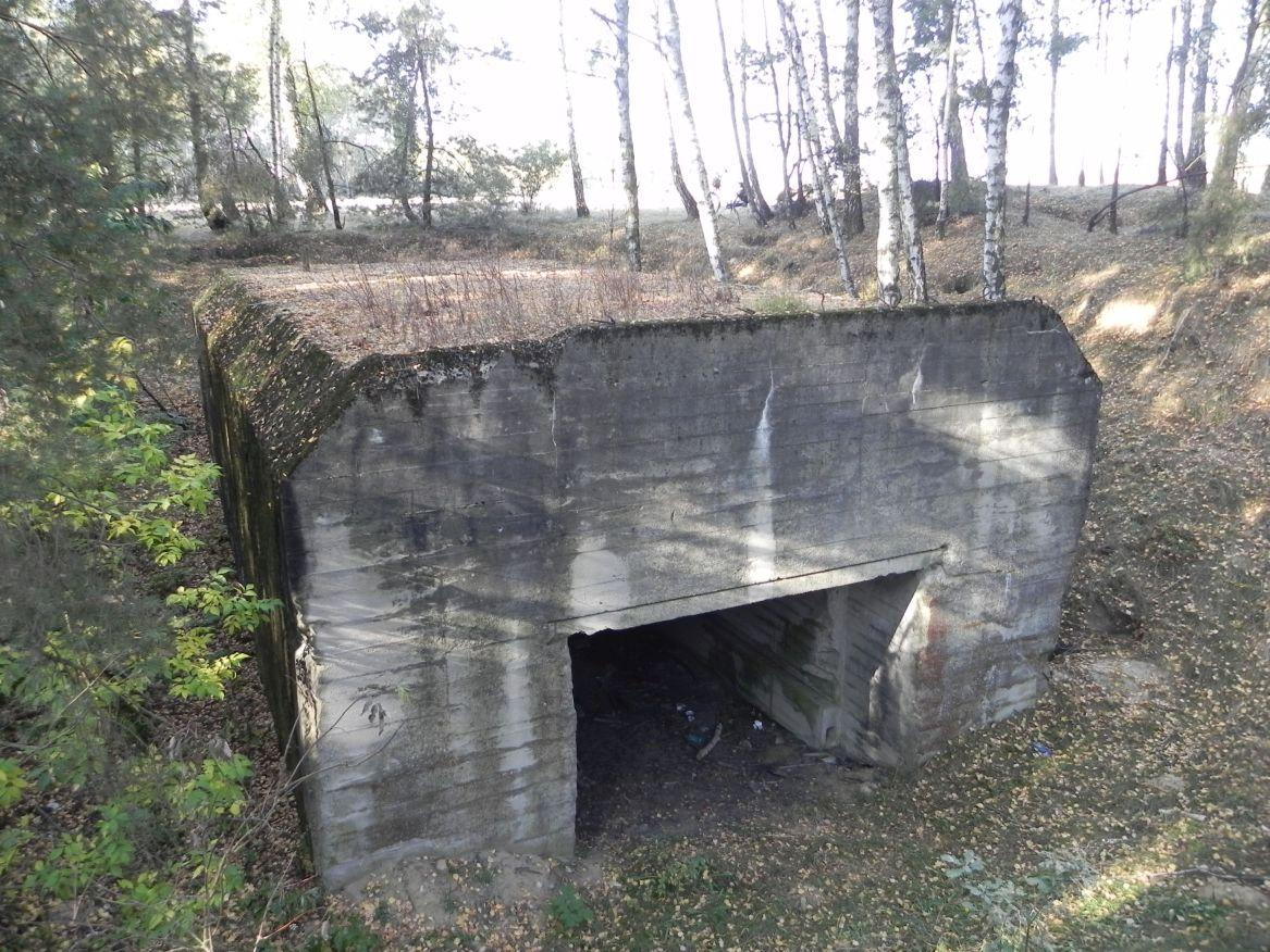 Lubocz - bunkier Garaż-7 (86)