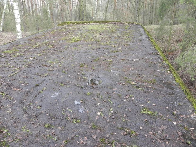 Lubocz - bunkier Garaż-7 (94)