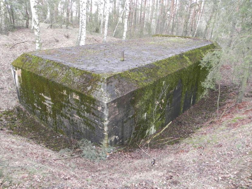 Lubocz - bunkier Garaż-7 (96)