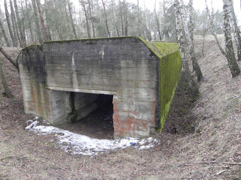 Lubocz - bunkier Garaż-7 (99)