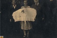 1951-06 Łódź - Andrzej Kosiacki, Genowefa Kosiacka i Antoni Michalak, Jan Kosiacki - chrzciny