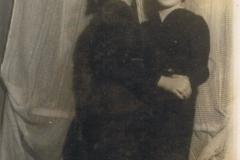 1939-06-29 Warszawa - siostry Marysia i Zosia Legutoskie z Mroczkowic