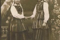 1939r. Sierzchowy - Julia Jędras i Cecylia Kietlińska