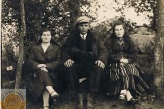 1940r. Sierzchowy - Maria Zaszewska, Bronisław Górnik, Miedzińska Helena