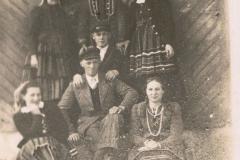 Z. Kotynia, J. Owczarek, Stanisława Stańdo, K. Bienias, St. Owczarek. Felek Jędras i Władysława Pietrzak