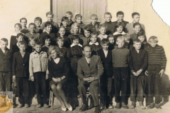 1964-09 Sierzchowy - klasa VI Sylwestra Kaczuby