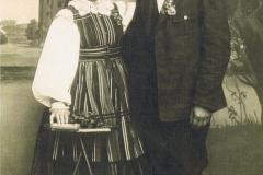 1930r. Mroczkowice - Helena z Dzikich Wieteska i Jan Wieteska