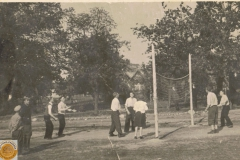 1946r. Sierzchowy - boisko koło starej remizy