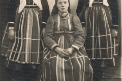 1930r. Zuzanna i Anna Śliwkówny i Kaśka Gruchała