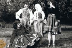 1960r. Złota Stefania i Rozalia z kuzynkami