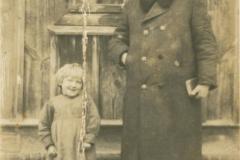 1940r. Jozef Dziki - ksiądz (wł. Renata Włostowska)