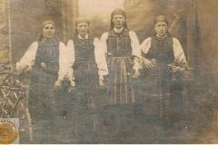 1941 Okolice Opoczna - Panny na wydaniu