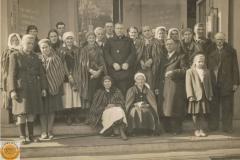 1950r. Chorzęcin - Marianna i Barbara Ogórek