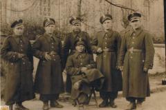 1953r. Drugi z prawej Wacław Rosiak
