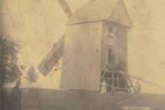 1944r. - Wiatrak u Lewandowskich