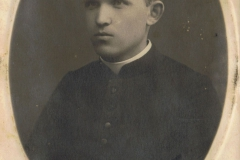 Stęp.88a 1925r, Ksiądz Filip